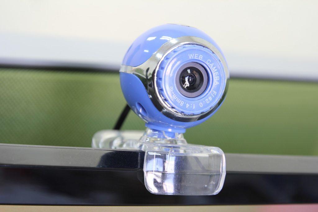 imágenes de cámaras para el despido de un trabajador