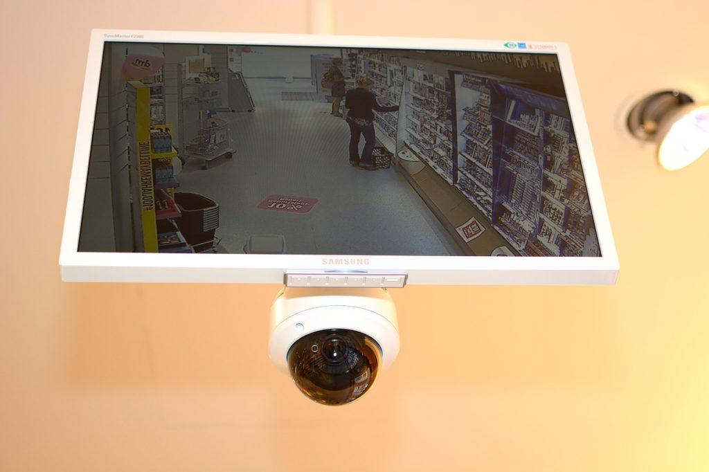 Despedir a un trabajador usando cámaras de seguridad